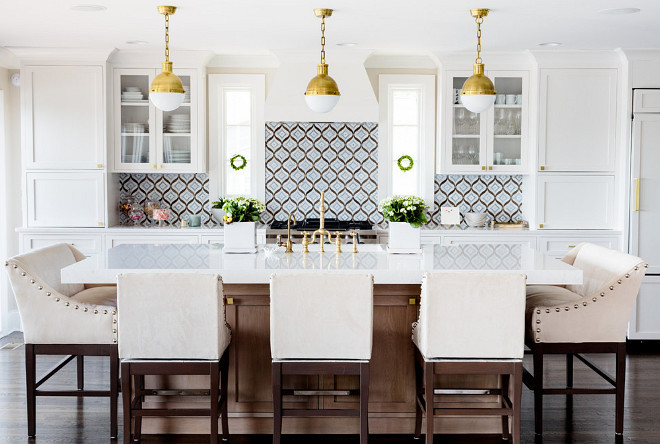 Walker Zanger Kitchen backsplash. Kitchen backsplash. Walker Zanger Backsplash. Kitchen Backsplash is Walker Zanger - Mai Tai, Cadet Blue #Kitchen #Backsplash #kitchenbacksplash #WalkerZanger #MaiTai #CadetBlue Finish Point Trim & Millwork, Inc