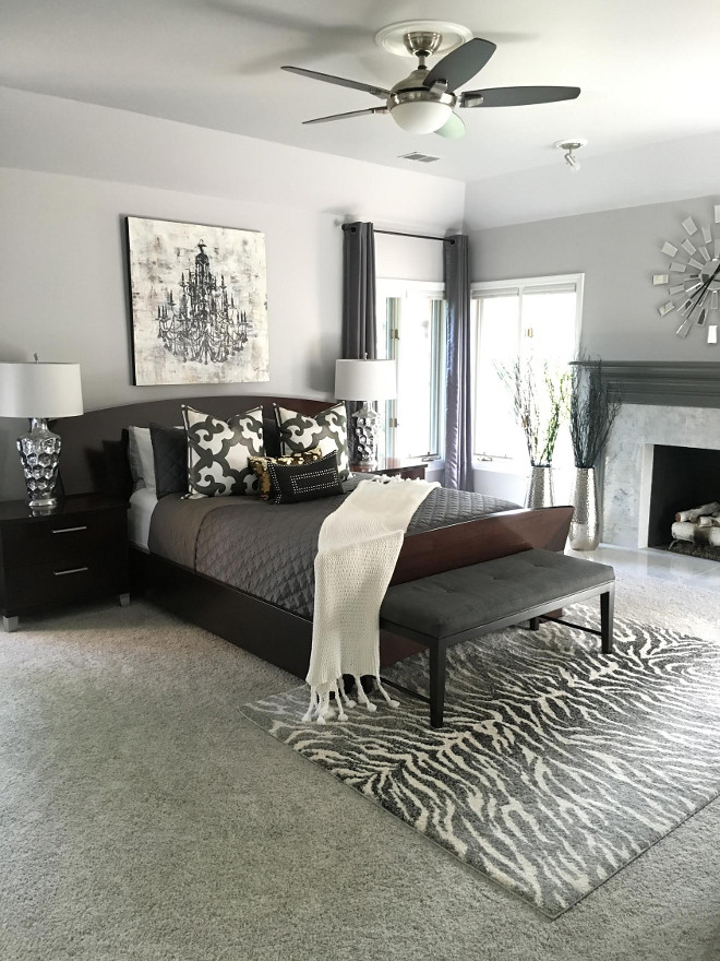 Bedroom Paint Color Benjamin Moore Metro Gray. #BenjaminMoore #MetroGray Beautiful Homes of Instagram Sumhouse_Sumwear