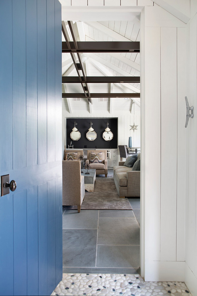 Benjamin Moore Newburyport Blue. Benjamin Moore Newburyport Blue. Blue Door Paint Color Benjamin Moore Newburyport Blue. #BenjaminMooreNewburyportBlue #BlueDoor #PaintColor Splice Design