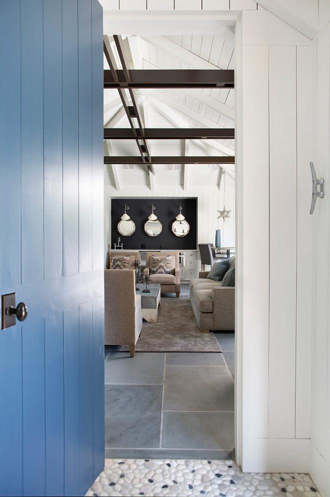 Benjamin Moore Newburyport Blue. Benjamin Moore Newburyport Blue. Blue Door Paint Color Benjamin Moore Newburyport Blue. #BenjaminMooreNewburyportBlue #BlueDoor #PaintColor Splice Design