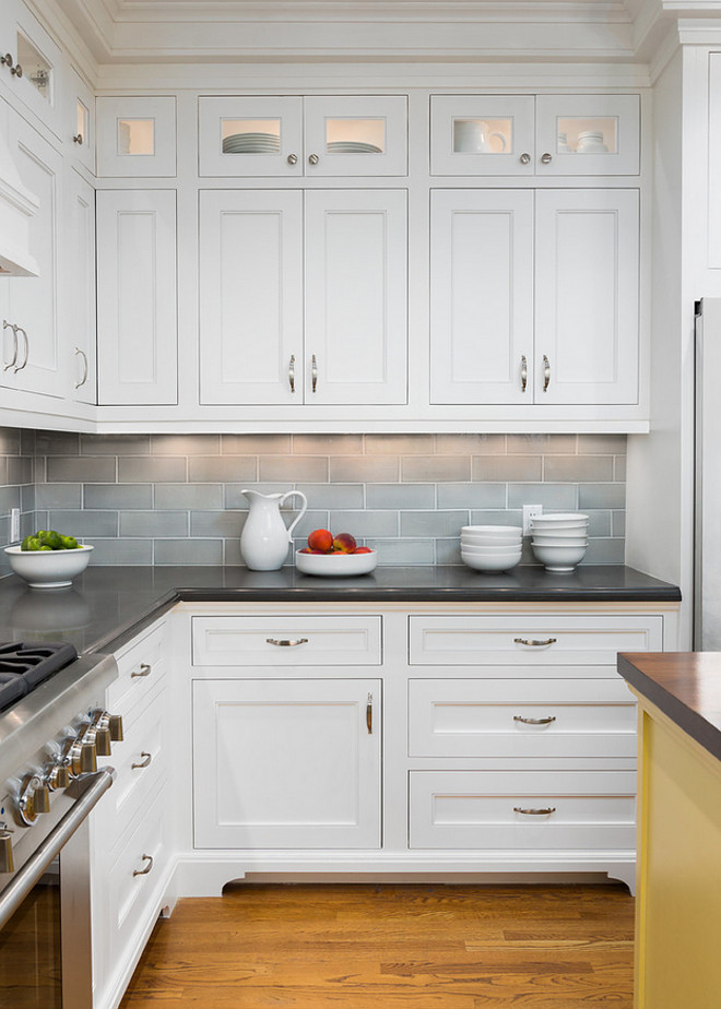 Benjamin Moore Super White. Crisp White Benjamin Moore Paint Color. Benjamin Moore Super White. Benjamin Moore Super White Popular Crisp White Benjamin Moore Paint Color: Benjamin Moore Super White. #BenjaminMooreSuperWhite #BenjaminMoore #SuperWhite Robert Frank Interiors. Clark Dugger Photography