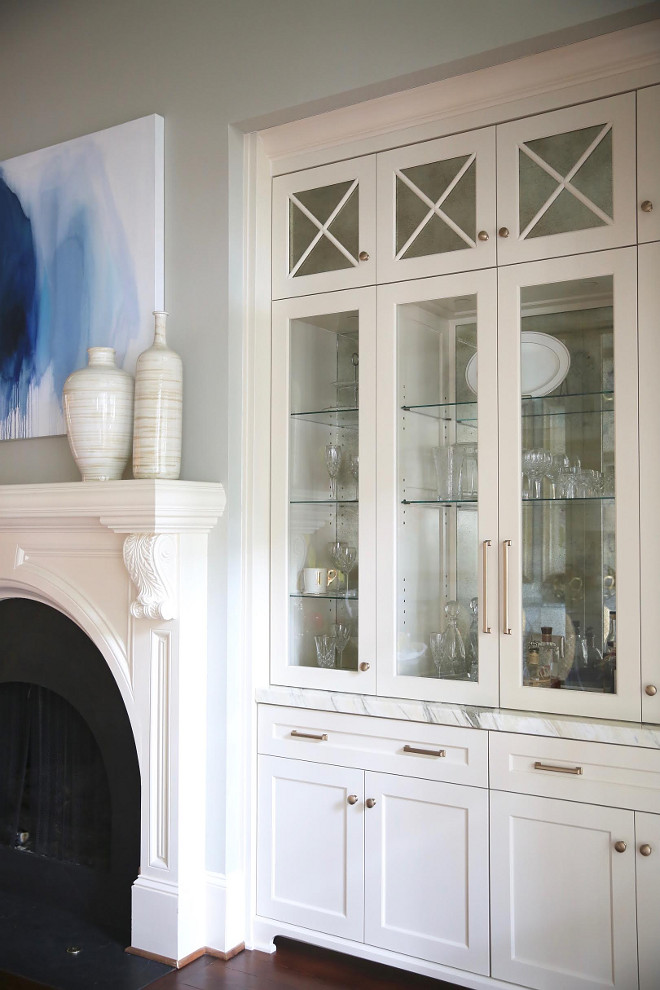 Sherwin Williams SW 6105 Divine White. Cabinet paint color is Sherwin Williams SW 6105 Divine White. Sherwin Williams SW 6105 Divine White. #SherwinWilliamsSW6105DivineWhite #SherwinWilliams #SW6105 #DivineWhite #SherwinWilliamsSW6105 #SherwinWilliamsDivineWhite Home Bunch Beautiful Homes of Instagram bluegraygal