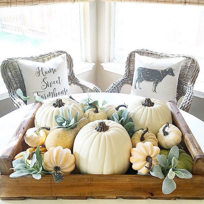 famrhouse-fall-decor-i_heart_home_design-via-instagram