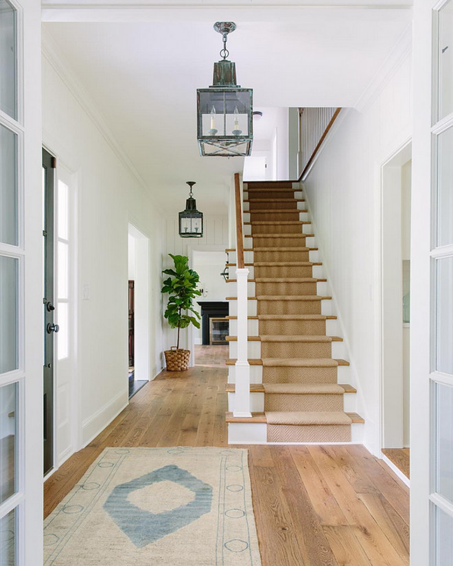 Foyer Paint Benjamin Moore : The best white paint for your home seeking lavendar lane