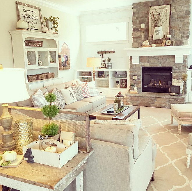 farmhouse-living-room-with-neutral-fall-decor-yellowprairieinteriors-via-instagram