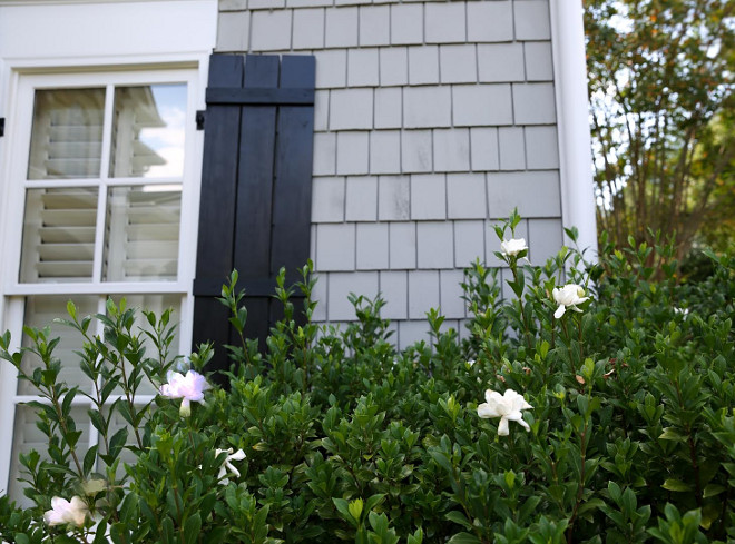 Black shutters paint color. The black shutter paint color is Sherwin Williams Tricorn Black SW 6258. Sherwin Williams Tricorn Black SW 6258. Sherwin Williams SW Tricorn Black SW 6258 #blackshutterpaintcolor #blackshutters #paintcolor #SherwinWilliamsSW6258TricornBlack #SherwinWilliams #SW6258 #SherwinWilliamsTricornBlack grey-shingle-and-black-shutter Home Bunch Beautiful Homes of Instagram bluegraygal