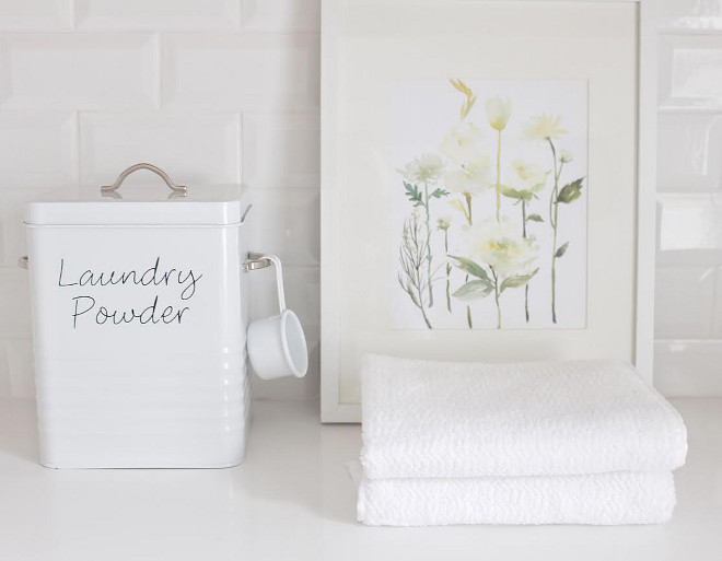 Laundry room decor. Laundry room decor. Laundryroom  laundry-room-decor  JShomedesign via Instagram.
