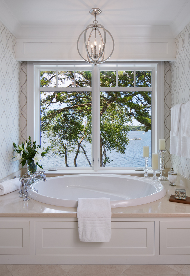 tub-nook-window