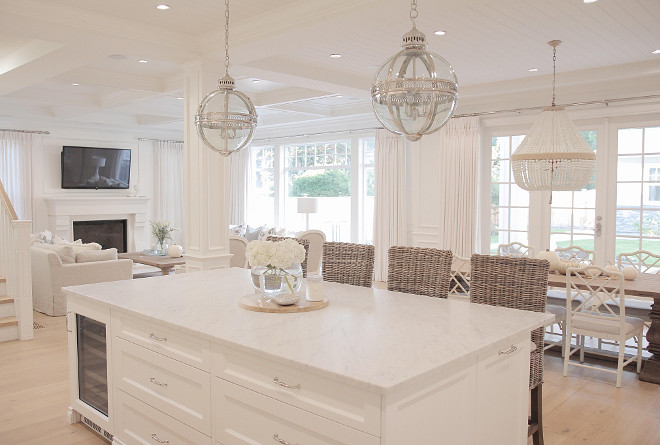 white-kitchen-island-decor-jshomedesign-via-instagram