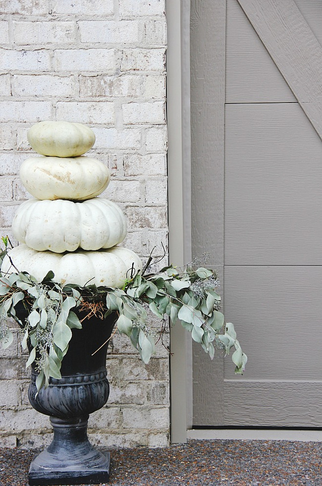white-pumpkin-planter-thistlewood-farms