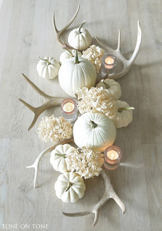 white-pumpkins-and-antlers-centerpiece-tone-on-tone