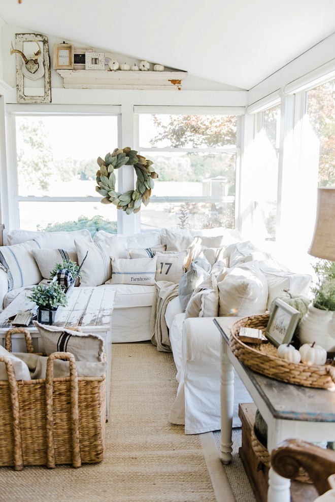 white-farmhouse-fall-decorating-ideas-liz-marie-blog
