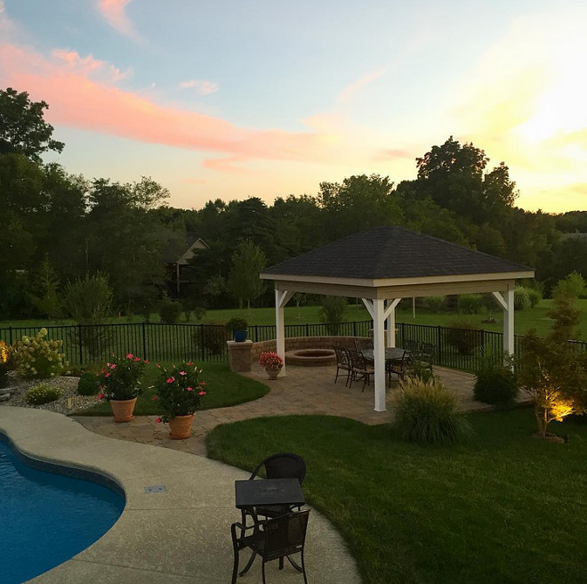 Backyard. And lastly, the perfect place to witness the most beautiful sunsets! backyard #backyard Home Bunch Beautiful Homes of Instagram wowilovethat