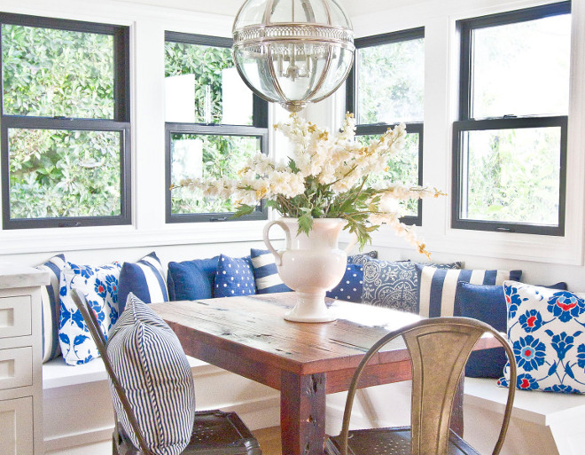 Breakfast room banquette pillows. Breakfast room banquette pillows. Breakfast room banquette blue and white pillows. breakfast-room #Breakfastroom #banquette #pillows Home Bunch Beautiful Homes of Instagram Bryan Shap @realbryansharp
