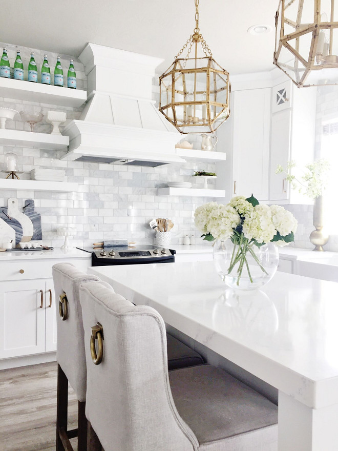 White Quartz Kitchen Countertop. Kitchen countertop is Tranquility Quartz, which is a marble looking quartz. #Whitequartz #kitchen #countertop #Kitchencountertop #TranquilityQuartz #marblelookingquartz Home Bunch's Beautiful Homes of Instagram janscarpino
