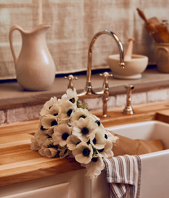 Kitchen sink. Farmhouse kitchen sink. Kitchen sink. Farmhouse kitchen sink. Kitchen sink. Farmhouse kitchen sink #Kitchensink #Farmhousesink #kitchen #sink kitchen-sink Ralph Lauren Home