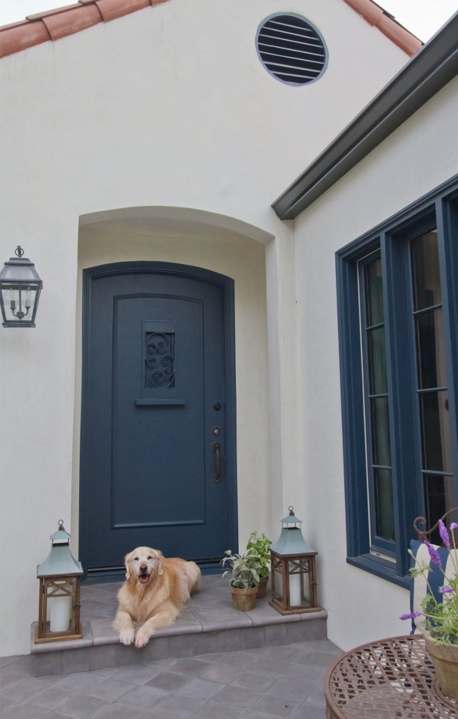 Benjamin Moore 2129-30 Blue Note. Navy blue front door paint color. Benjamin Moore 2129-30 Blue Note. Benjamin Moore 2129-30 Blue Note. #BenjaminMoore212930BlueNote #BenjaminMooreBlueNote #BenjaminMoore212930 #navydoorpaintcolor #navypaintcolor #bluepaintcolor #navyblue #paintcolor #door #frontdoor Home Bunch Beautiful Homes of Instagram Bryan Shap @realbryansharp