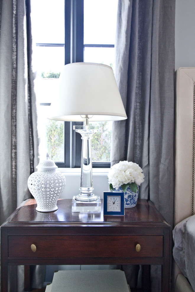 Nightstand styling. I love the simple and elegant look of this nightstand. #nightstand #styling #nightstandstyling nightstand-styling Home Bunch Beautiful Homes of Instagram Bryan Shap @realbryansharp