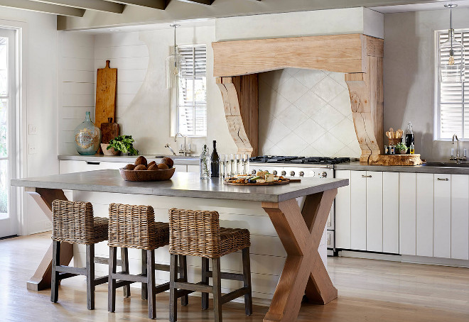 Rough hewn vent-hood. Kitchen with Rough hewn vent-hood. #Roughhewn #venthood #Roughhewnvent-hood rough-hewn-vent-hood Ruard Veltman Architecture