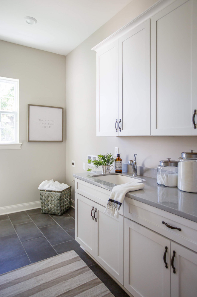 Sherwin Williams Worldly Gray. Sherwin Williams Worldly Gray. Paint color Sherwin Williams Worldly Gray #SherwinWilliamsWorldlyGray #SherwinWilliams #WorldlyGray #paintcolor Cottage Home Company