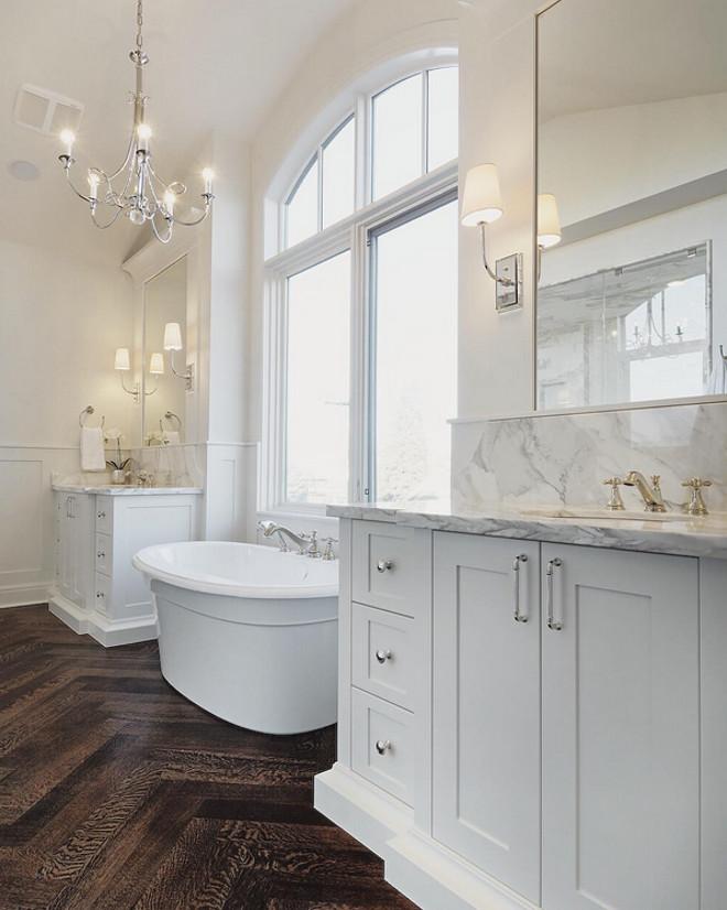 White Oak Herringbone Flooring. White Oak Herringbone Flooring. Bathroom with White Oak Herringbone Flooring. #WhiteOakHerringboneFlooring #WhiteOakHerringbone #Flooring white-oak-herringbone-flooring Veranda Interior via Instagram