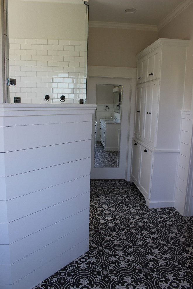 Bathroom cement tile. Cement tile is from Home Depot. Bathroom cement tile. Bathroom tile. Patterned cement tile #bathroom #cementtile #patternedtile #tile bathroom-cement-tile Instagram Newly Built Home Ideas Instagram @smithteam6
