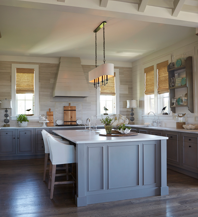 Beatty Chandelier from Arteriors Home. Kitchen lighting Beatty Chandelier from Arteriors Home. #BeattyChandelier #ArteriorsHome #lighting #kitchenlighting