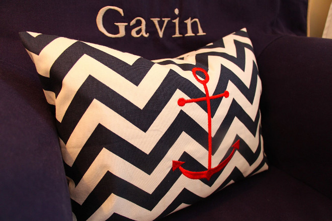 Chevron Anchor Pillow. Chevron Anchor Pillow #ChevronAnchorPillow #ChevronPillow #Anchorpillow chevron-anchor-pillow Home Bunch's Beautiful Homes of Instagram peonypartydesigns