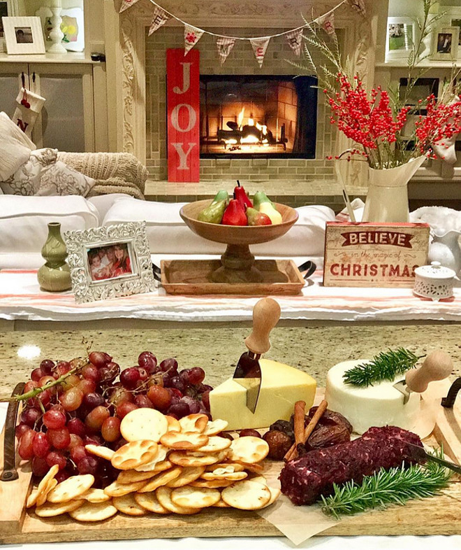 Christmas Cheese Tray. Christmas Cheese Tray Ideas. Beautiful Christmas Cheese Tray #ChristmasCheeseTray #Christmas #CheeseTray