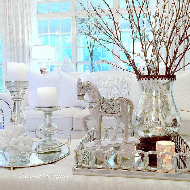 Coffee Table Styling. Elegant Coffee Table Styling. Coffee Table Styling. #CoffeeTableStyling coffee-table-styling Home Bunch Beautiful Homes of Instagram @blountdesigns