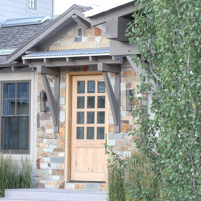 Natural wood door. Natural walnut front door. #frontdoor 3walnutdoor #natural #wooddoor front-door-ideas Home Bunch's Beautiful Homes of Instagram @artfulhomestead