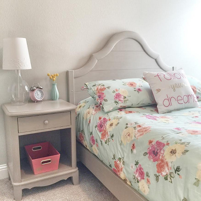 Kids bedroom. Kids bedroom bed set and bedding. Bed Set: Bassett Furniture Ava Collection. Bedding: Pottery Barn Teen. Beautiful Homes of Instagram ceshome6kids-bedroom