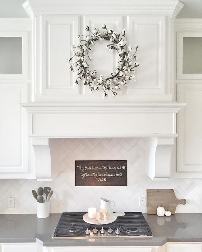 Herringbone kitchen backsplash tile. Backsplash is Daltile M313 Contempo White Marble Honed 3x6 Herringbone with #381 Bright White grout. #kitchen #herringbone #backsplash #tile #datile Beautiful Homes of Instagram ceshome6