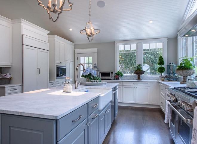 Sherwin Williams Classic French Gray. Grey island paint color Sherwin Williams Classic French Gray. Great grey color for kitchen islands. Sherwin Williams Classic French Gray. #SherwinWilliamsClassicF #grey #kitchenisland #greykitchenisland #paintcolor Outrageous Interiors