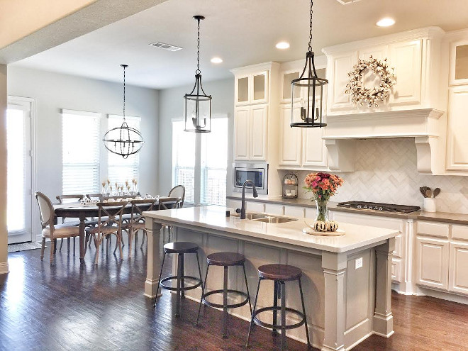 Kitchen and kitchen nook. Kitchen and kitchen nook layout. Kitchen and kitchen nook ideas #Kitchenkitchennook #Kitchen #kitchennook Beautiful Homes of Instagram ceshome6