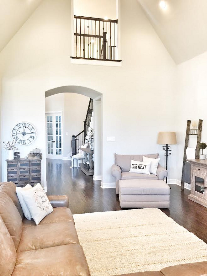 Wall color- Sherwin Williams Repose Gray. Beautiful Homes of Instagram ceshome6