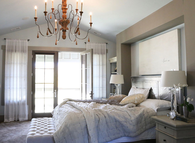 Neutral master bedroom color palette. The master bedroom feels calm and relaxing. I love the color palette. #masterbedroom #colorpalette #neutral #netralbedroom master-bedroom Home Bunch's Beautiful Homes of Instagram @artfulhomestead