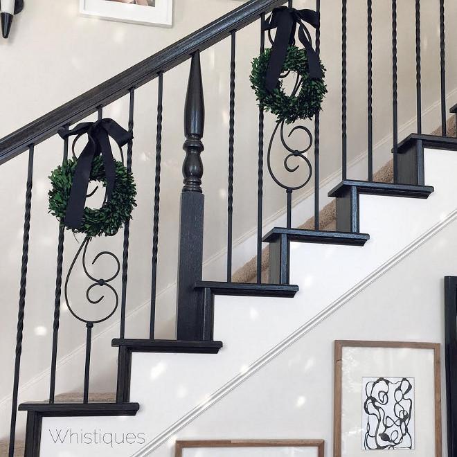 Staircase Mini Wreaths. Staircase Mini Wreath Ideas. Staircase Mini Wreaths #StaircaseMiniWreaths #StaircaseMiniWreath #StaircaseMiniWreathIdeas Whistiques Design via Instagram @whistiques