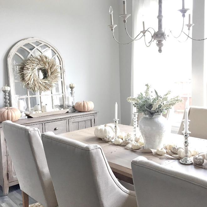 Thanksgiving Dining Room Decor. Thanksgiving Dining Room Decor Ideas. Farmhouse Thanksgiving Dining Room Decor #Thanksgiving #DiningRoomDecor thanksgiving-dining-room-decor @mytexashouse from Instagram via Home Bunch