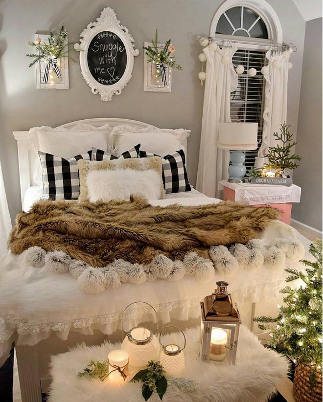 Christmas Bedroom Decor. Christmas Bedroom Decor and Accessories. Christmas Bedroom Decorating ideas. Christmas Bedroom Decor #ChristmasBedroomDecor #ChristmasBedroomDecoratingideas #ChristmasBedroomaccessories @allrhodesleadhome via Instagram