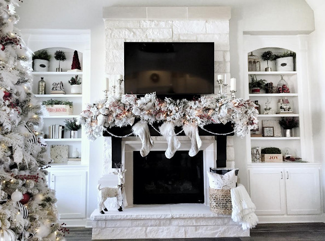 Christmas Fireplace Decor. Christmas Fireplace Decor. Christmas Fireplace Decor. Mantle Garland is from Decorator's Warehouse <Christmas Fireplace Decor> Christmas Fireplace Decor #ChristmasFireplaceDecor MyTexasHouse