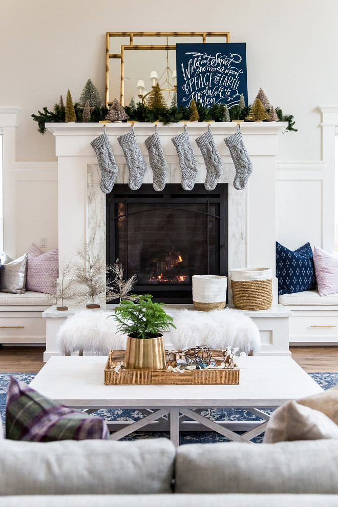 Christmas Mantel. Christmas Mantel Ideas. Crisp Christmas Mantel Decor. Christmas Mantel Ideas #CrispChristmasDecor #Manteldecor #ChristmasMantelIdeas #ChristmasMantelDecor #ChristmasMantelIdeas Studio McGee