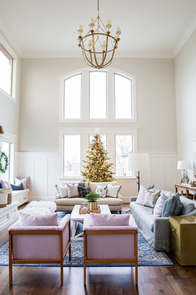 Classic Gray by Benjamin Moore. Gentle gray paint color by Benjamin Moore. Classic Gray by Benjamin Moore. Classic Gray by Benjamin Moore #ClassicGrayBenjaminMoore #BenjaminMooregraypaintcolor Studio McGee