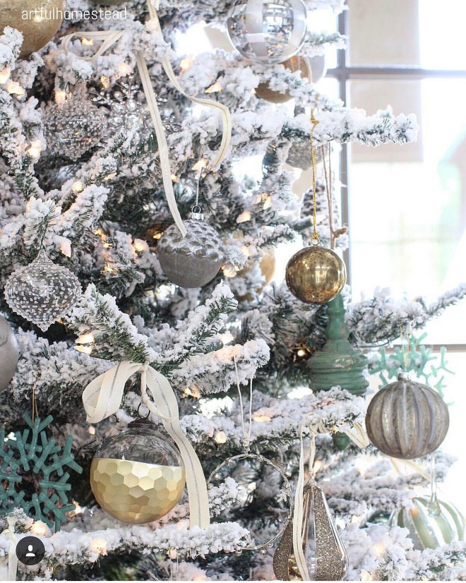 flocked christmas tree decor flocked christmas tree decorating ideas flockedchristmastreedecor flockedchristmastree hollie via - Flocked Christmas Tree Decorating Ideas