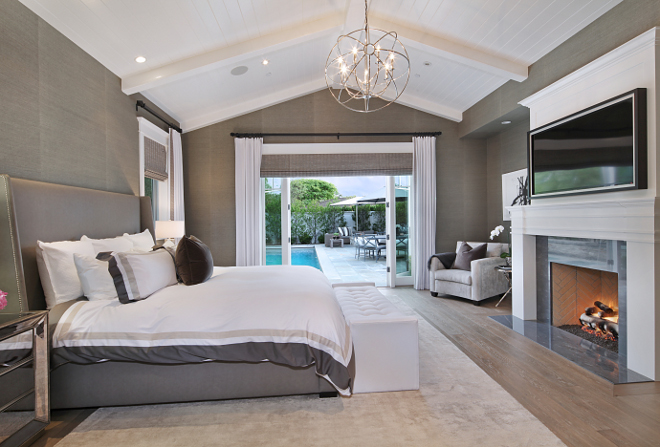 Master Bedroom. Master Bedroom. Thanks to its French Doors, this master bedroom have lovely views of the backyard. Master Bedroom #MasterBedroom Brandon Architects, Inc