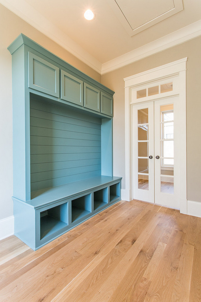 Turquoise Cabinet Paint Color. Moody Blue SW 6221 Sherwin Williams. Great turquoise paint color for cabinets and front door. Moody Blue SW 6221 Sherwin Williams. #MoodyBlueSW6221 Sherwin Williams #TurquoiseCabinetPaintColor #TurquoisePaintColor JacksonBuilt Custom Homes