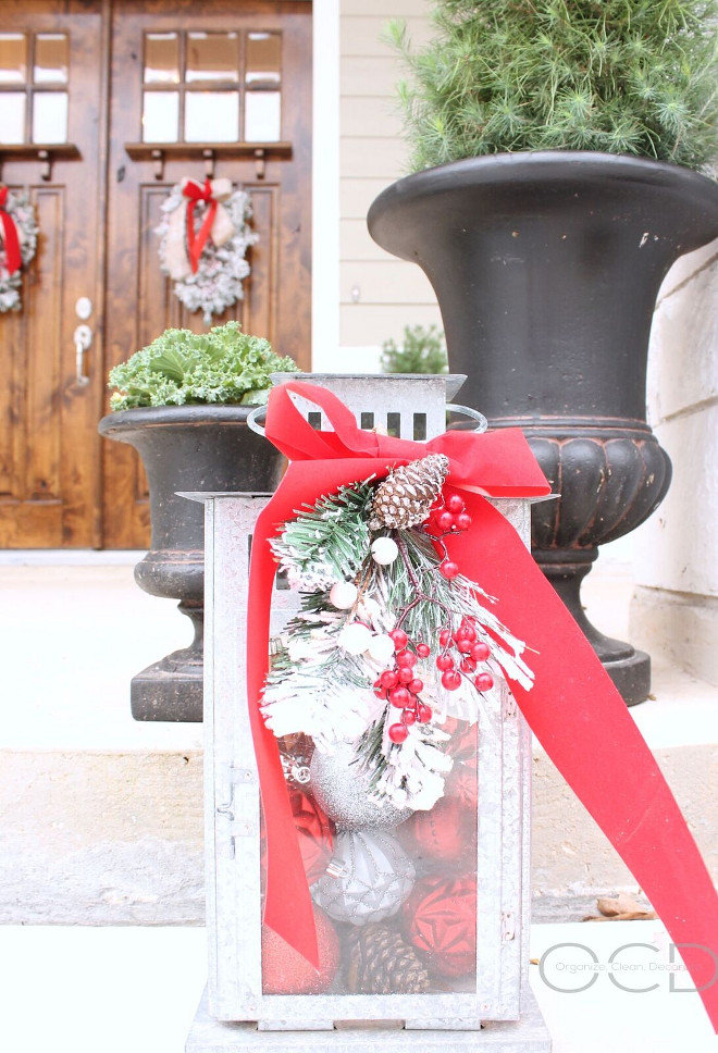 Outdoor Christmas Lantern Vignette. Outdoor Christmas Lantern Vignette Ideas. Outdoor Christmas Lantern Vignette Inspiration. Outdoor Christmas Lantern Vignette <Outdoor Christmas Lantern Vignette> #OutdoorChristmasLanternVignette #OutdoorChristmasVignette Beautiful Homes of Instagram organizecleandecorate