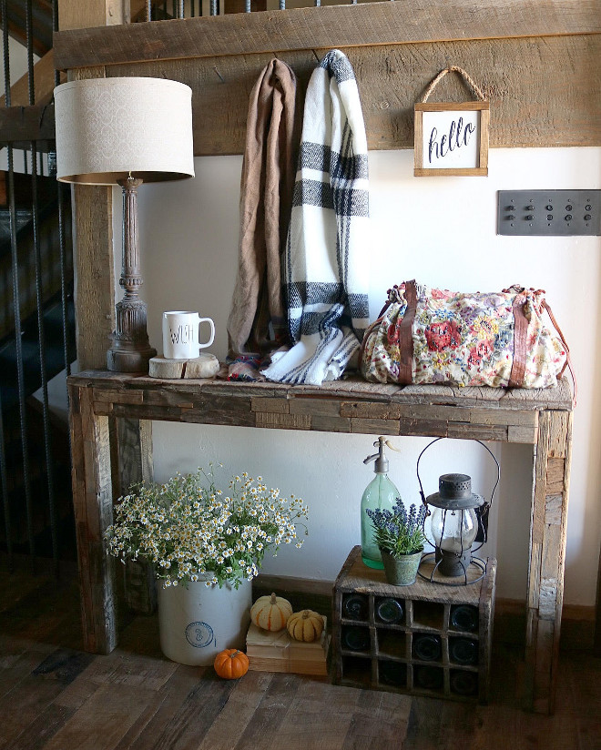 rustic-foyer