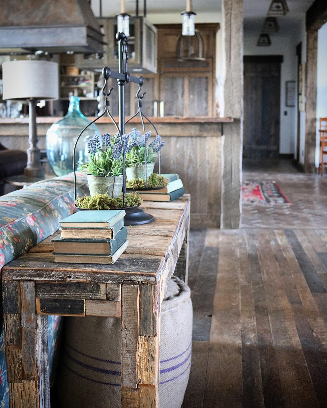 Rustic home. Rustic furniture. This reclaimed console table add a rustic feel to the living room. #Rustichome #Rusticfurniture Home Bunch's Beautiful Homes of Instagram @birdie_farm