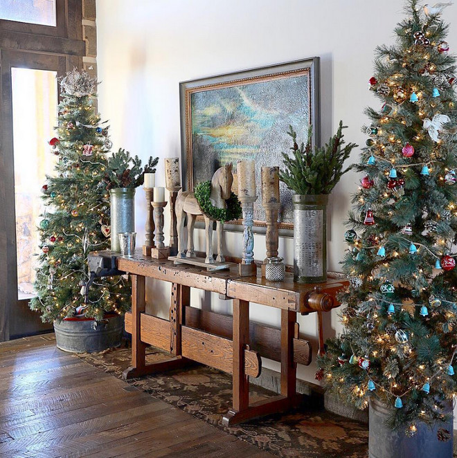 Christmas trees are decorated with vintage Christmas ornaments. Natural Christmas trees are decorated with vintage Christmas ornaments. Natural Christmas tree with vintage Christmas ornaments. #NaturalChristmastrees #NaturalChristmastree #Christmastree #vintageChristmasornament Home Bunch's Beautiful Homes of Instagram @birdie_farm